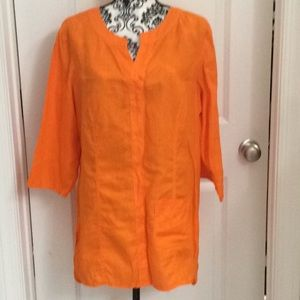 NWOT.  Ladies long sleeve linen tunic